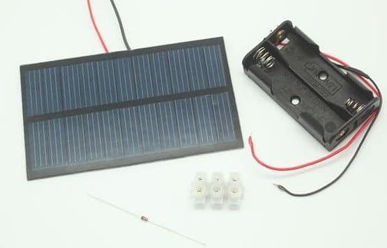 EDU-STEM-Kit-Solar-Battery-Charger